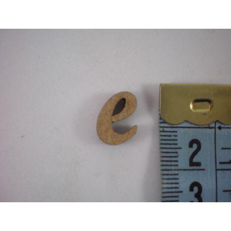 """Letra adhesiva de DM minúscula """"e"""" 14m"""