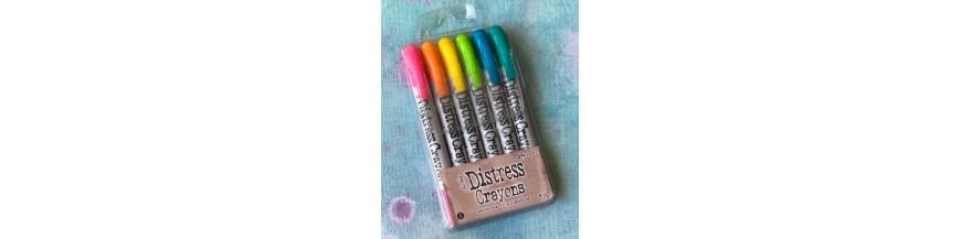 Distress® Crayons